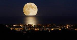 почивка и пътуване според луната
