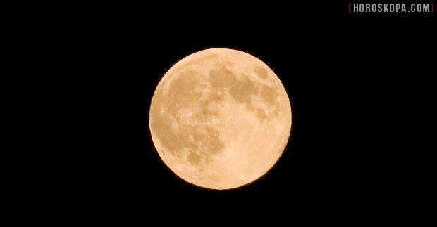 Пълнолуние лунен календара